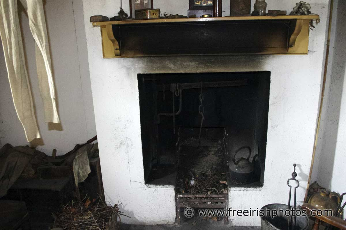 turf fires in old irish cottages  free irish photos stock images . fireplace in old irish cottage