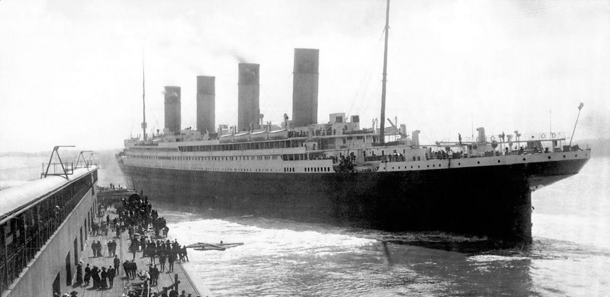 On this day in history Round One - Page 18 Titanic_departing_southampton_dock